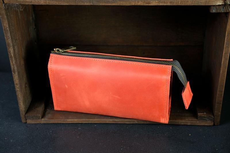 Кожаный кошелек Тревел, кожа Crazy Horse, цвет Красный