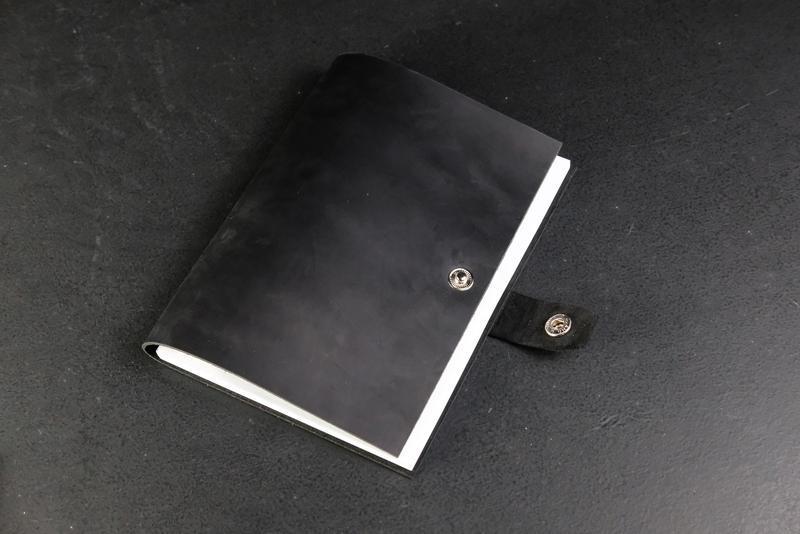Блокнот в кожаной обложке формата А5 Винтажная кожа цвет Черный