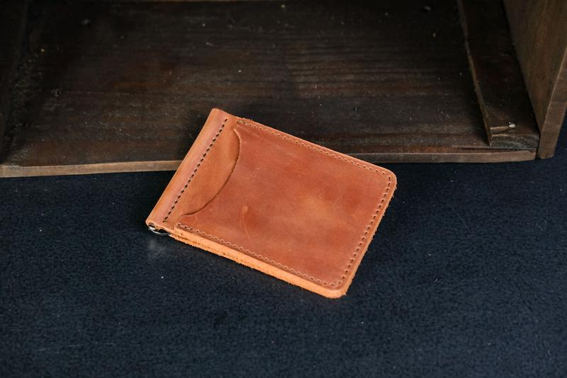 Кожаный зажим для денег, кожа Crazy Horse, цвет Коньяк