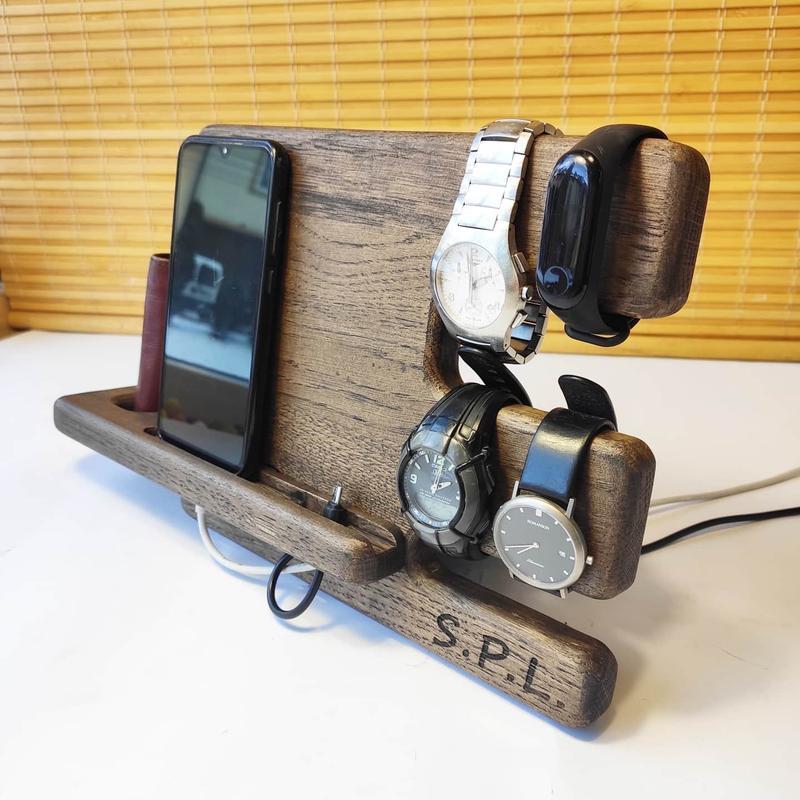 Подставка органайзер для телефона часов именной подарок мужу парню папе на годовщину на день рождени