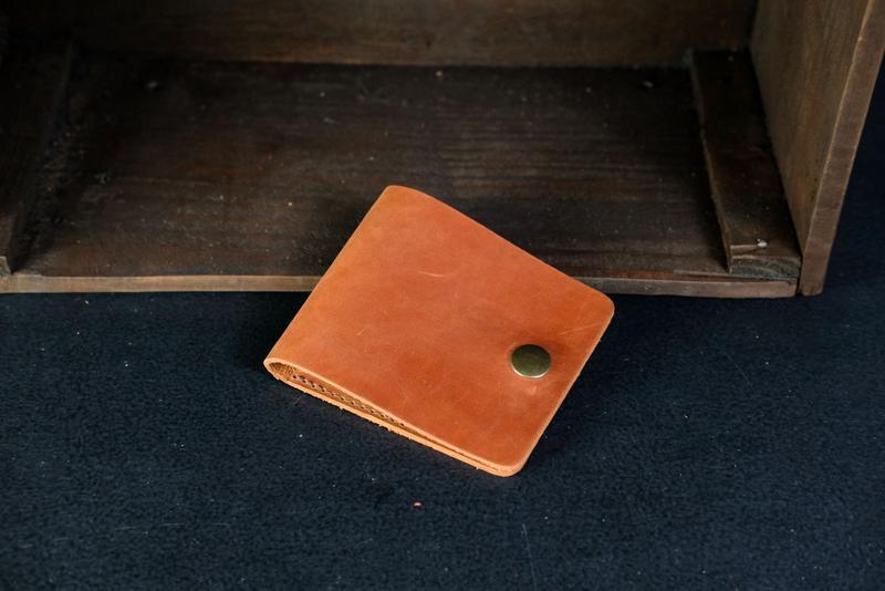 Шкіряний гаманець Жорик, шкіра Crazy Horse, колір Коньяк