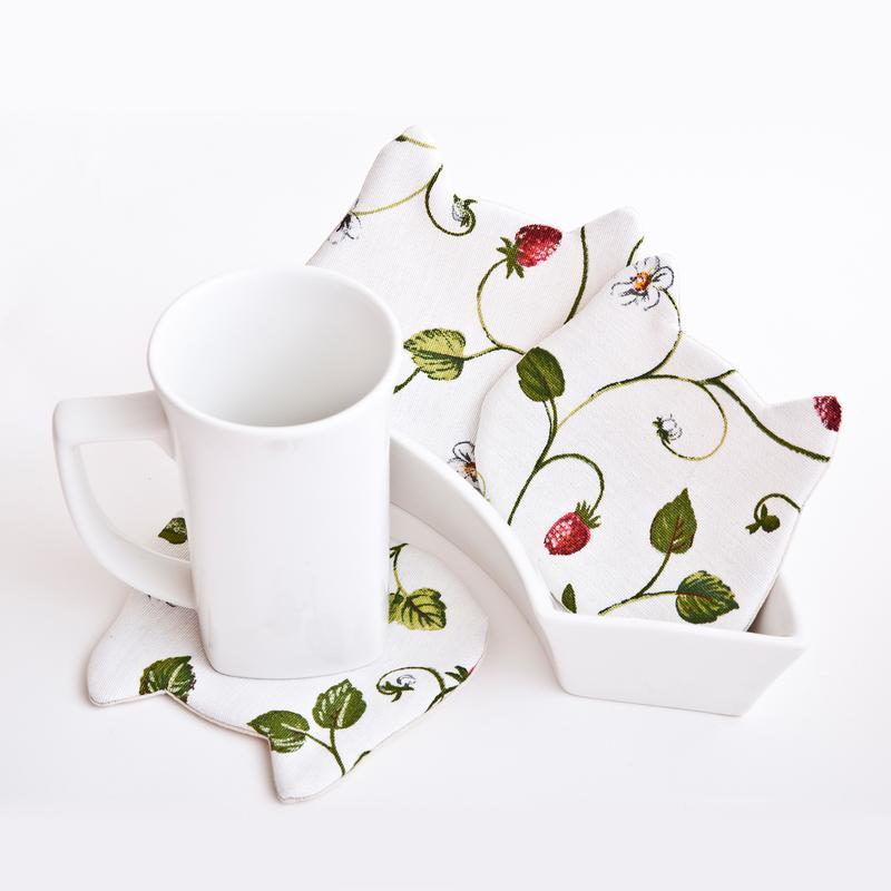 Подставки под чашки котики, 4 шт. в наборе, Подстаканники белые с клубничками