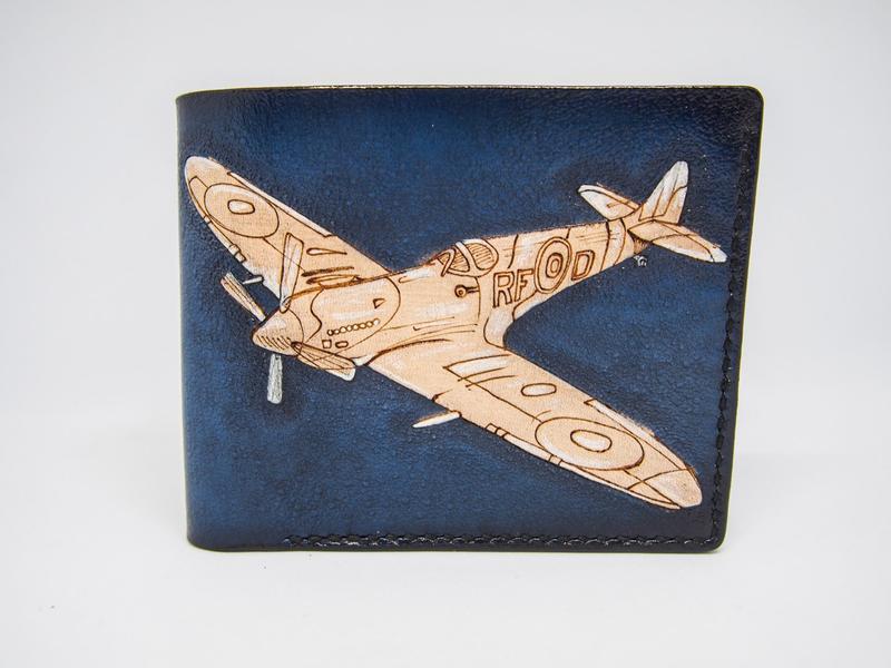 Синий кожаный кошелек, подарок летчику, кожаный кошелек спитфаер, кошелек с рисунком