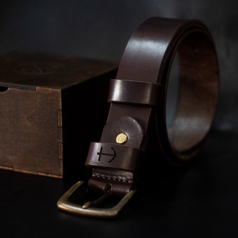 Кожаный Мужской Ремень с Гравировкой - Шоколад (Сертифицированная Итальянская кожа и фурнитура)