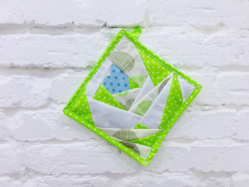 набор прихваток для кухни-кухонный текстиль-прихватки пэчворк-подарки хозяйке