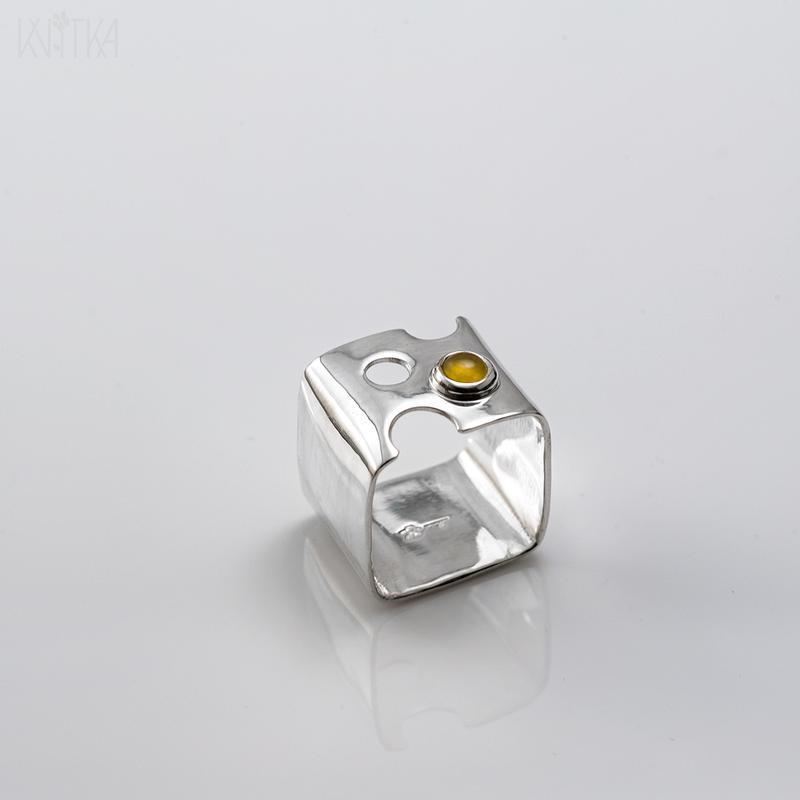 Серебряное сырное кольцо