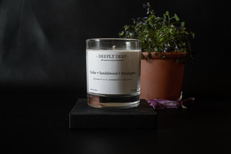 Ароматическая свеча Кедр + Сандал + Эвкалипт