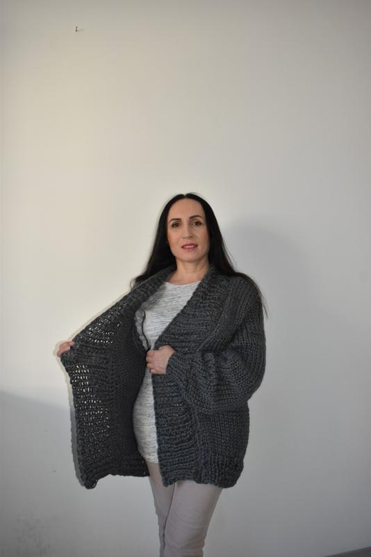 Кардиган крупной вязки Вязаная серая кофта Кардиган полушерстяной серый