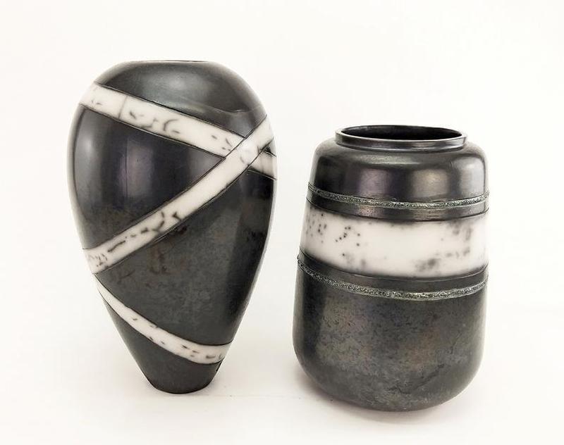 Керамическая черная  ваза  для цветов, raku, арт.№1