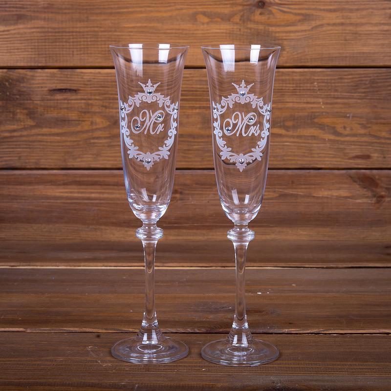 Свадебные элитные бокалы с гравировкой и стразами Swarovski (арт. WG-108)