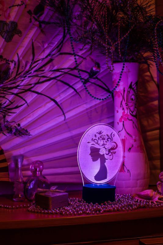 Девушка-весна, ночник 3д светильник 3d лампа, подарок коллеге девушке женщине на 8 марта, 14 февраля