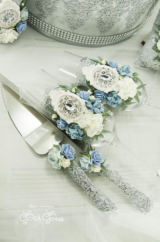 Серебряный нож и лопатка для торта / Ніж і лопатка для весільного торту голубые / Платина