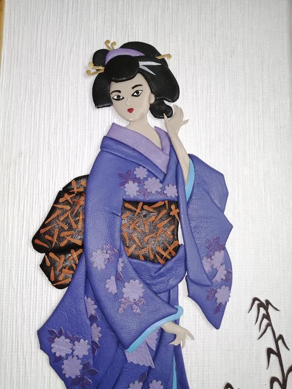 """Картина из кожи """"Японка в кимоно"""""""