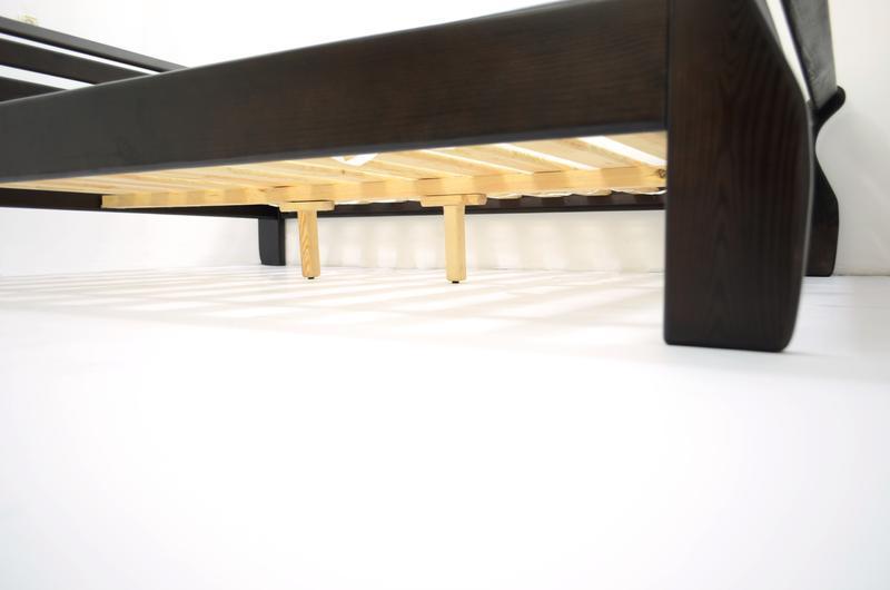 Кровать Деревянная Аркадия 140х200см. Массив Сосны цвет Темный Орех