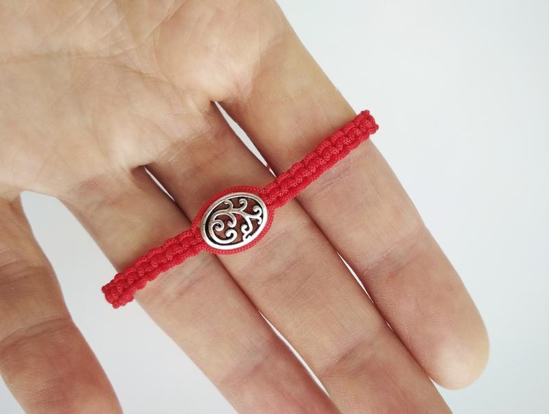 """Плетеный браслет-оберег (красная нить) """"Pattern"""""""