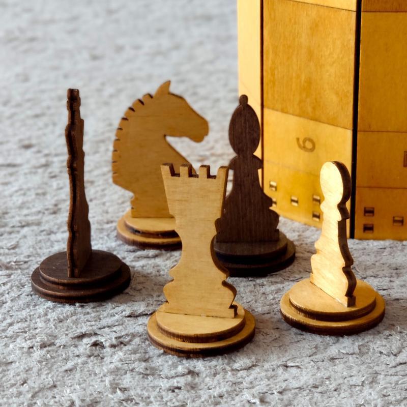 Шахи дерев'яні сувенірні 50х50 см