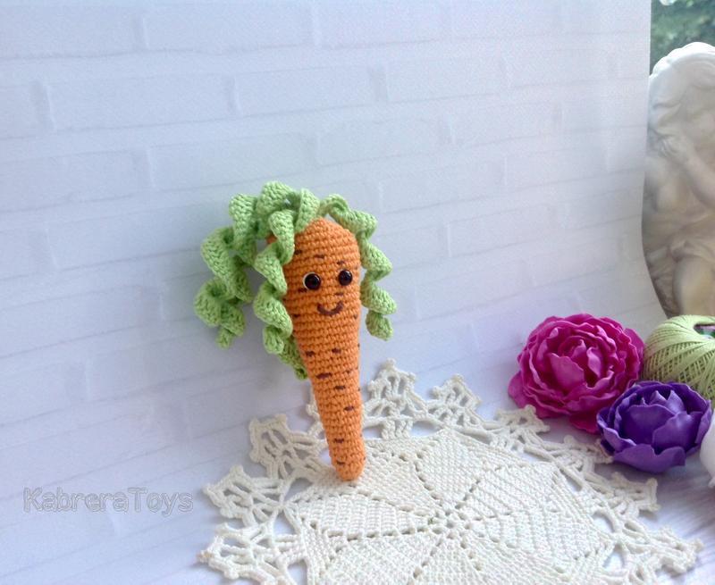 Кулёчек с секретиком в виде Морковки крючком
