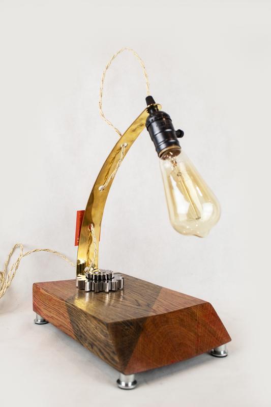 Настольная лампа Pride&Joy 23LIW