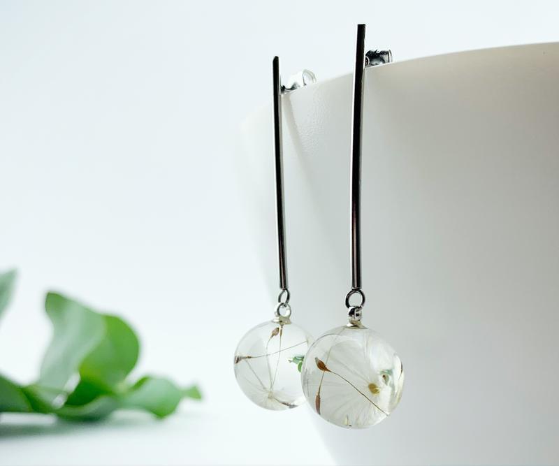 Длинные серьги с одуванчиком Украшения с цветами и растениями Пушинки (модель № 2585) Glassy Flowers
