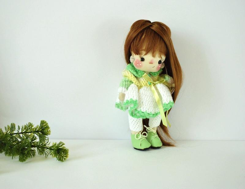 """Кукла """"Ягодка"""" в вязаном нарядном платье и штанишках"""