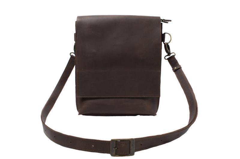 Кожаная сумка-планшет на скрытых магнитах. 07010/коричневый