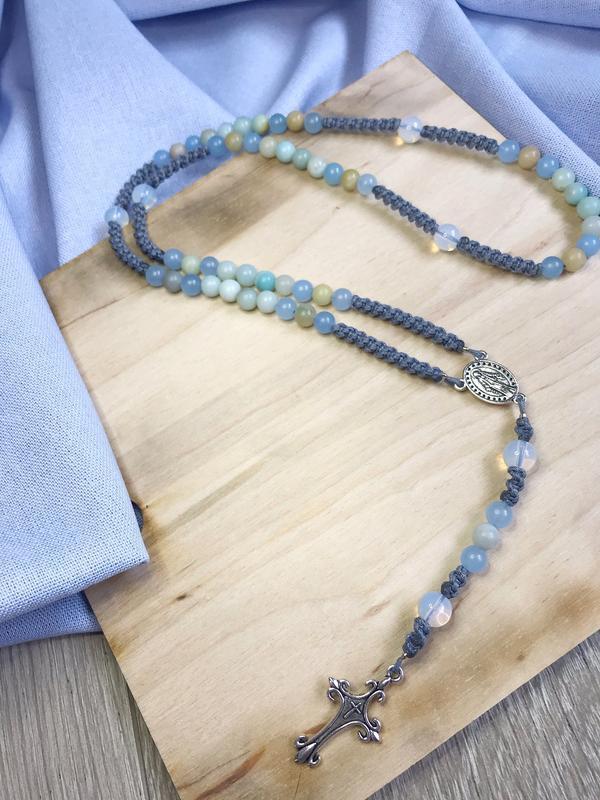 Розарий,четки: амазонит,кварц,лунный камень