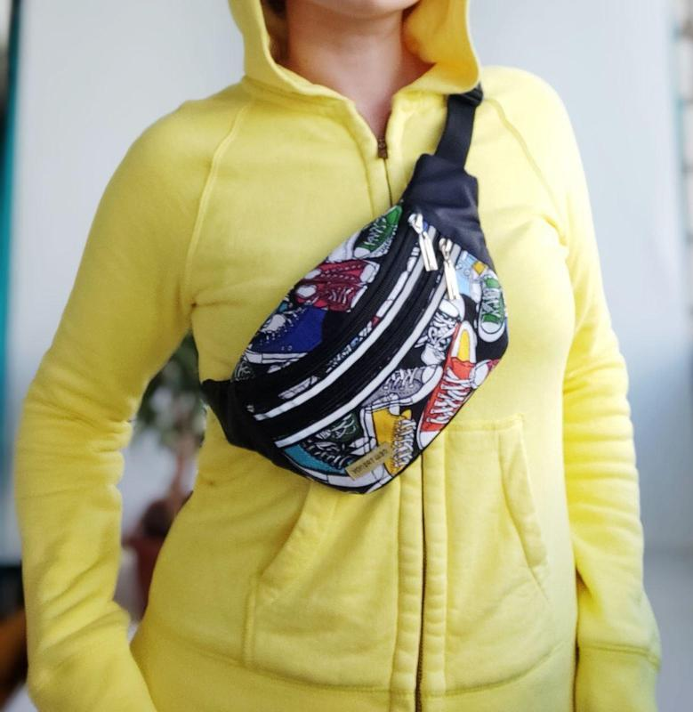 Сумка-бананка с кедами, поясная сумка 33(1), молодежная бананка унисекс