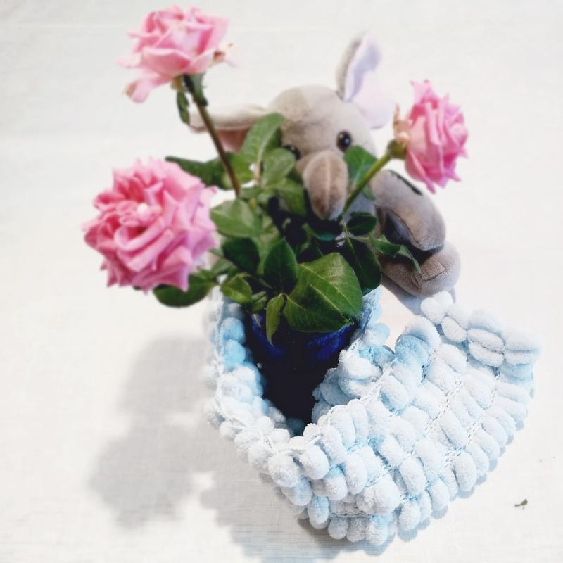 голубой шарфик