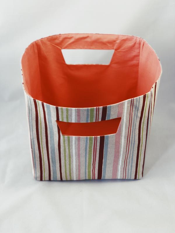 Комплект для хранения вещей. Текстильная корзина и мешочек