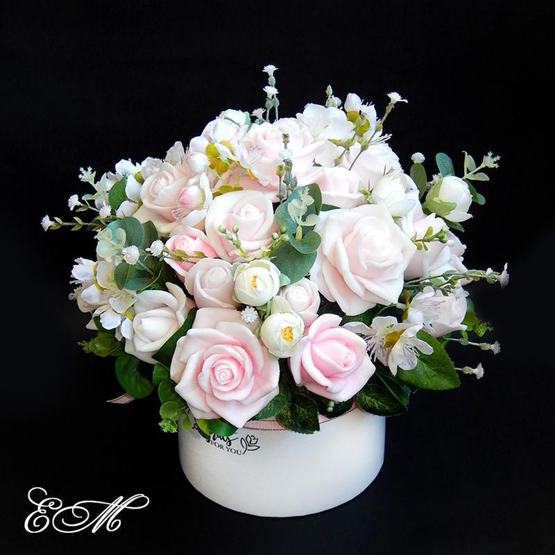 Букет цветов из мыла - розы в шляпной коробке