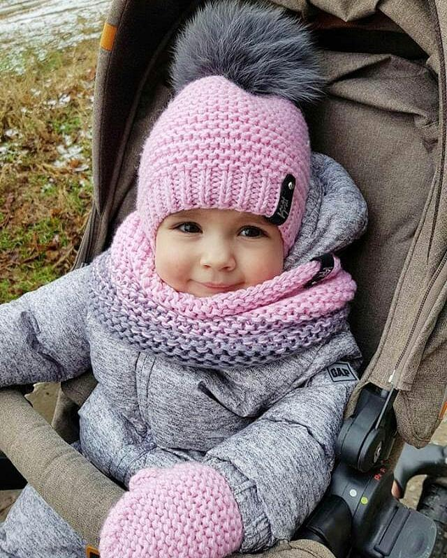 Розовая детская шапочка, комплект шапка снуд на весну, зимняя шапка