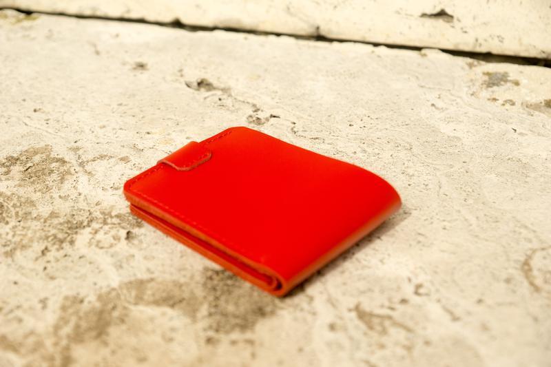 Кошелек на кнопке из кожи (red)