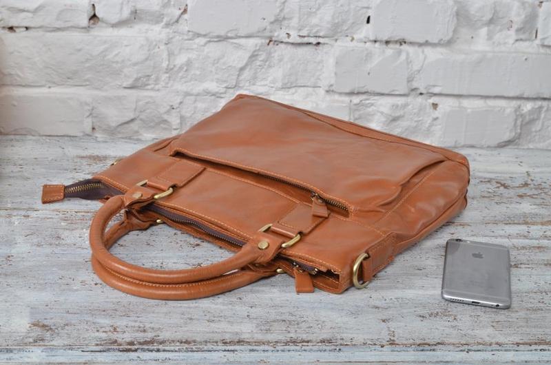 7309e419d6f7 Эксклюзивная и стильная рыжая кожаная мужская сумка ручной работы ...