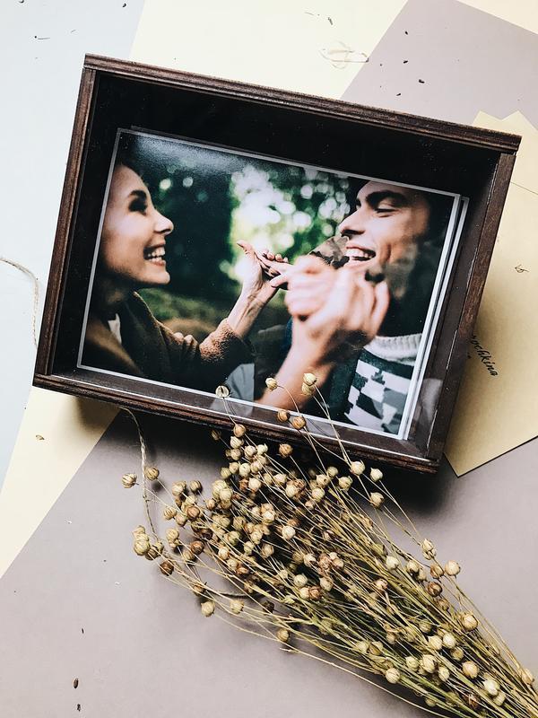 """Коробка для фото [10x15]. Деревянная коробка со стеклянной крышкой. Серия """"Modern"""""""