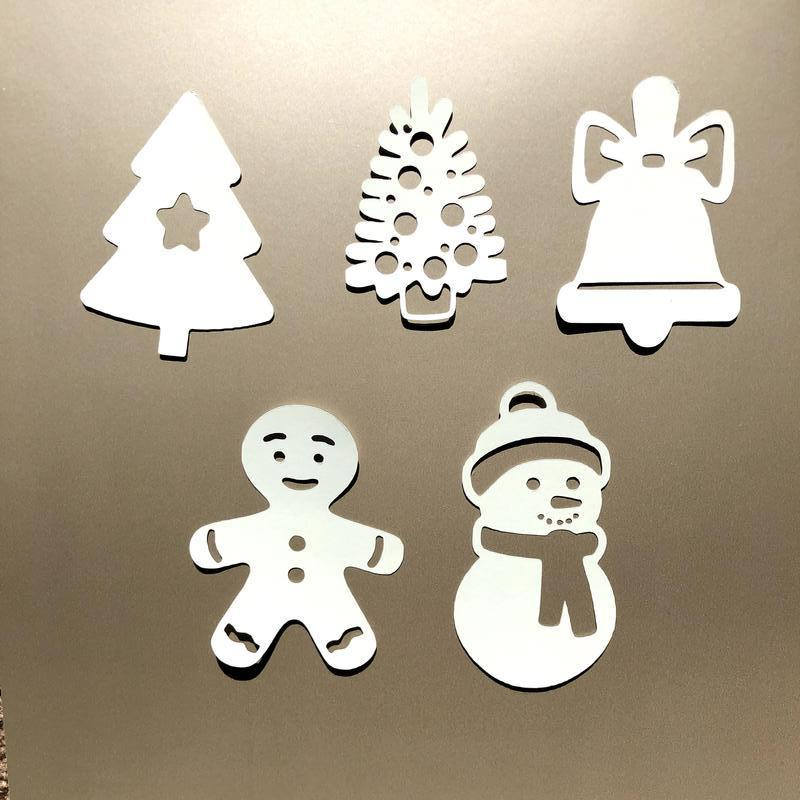 Вырубка из картона, новый год, снеговик из картона, элементы для скрапбукинга, ёлка из картона