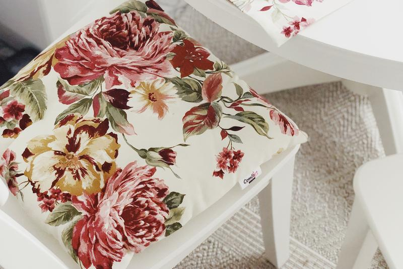 Чохол на стілець. Подушка для сидіння з квітами. М'яке сидіння.