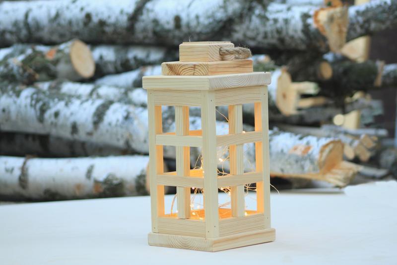 Фонарь деревянный декоративный