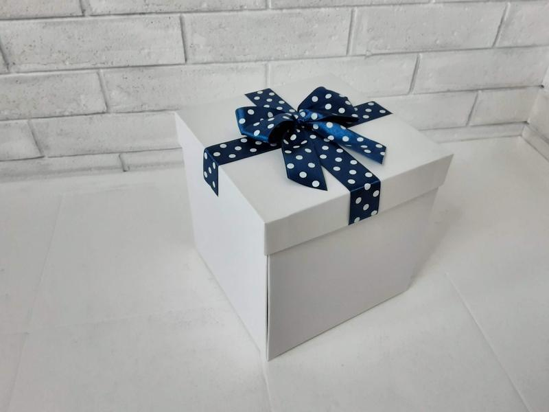 Коробка раскладушка для фотографий и сюрприза