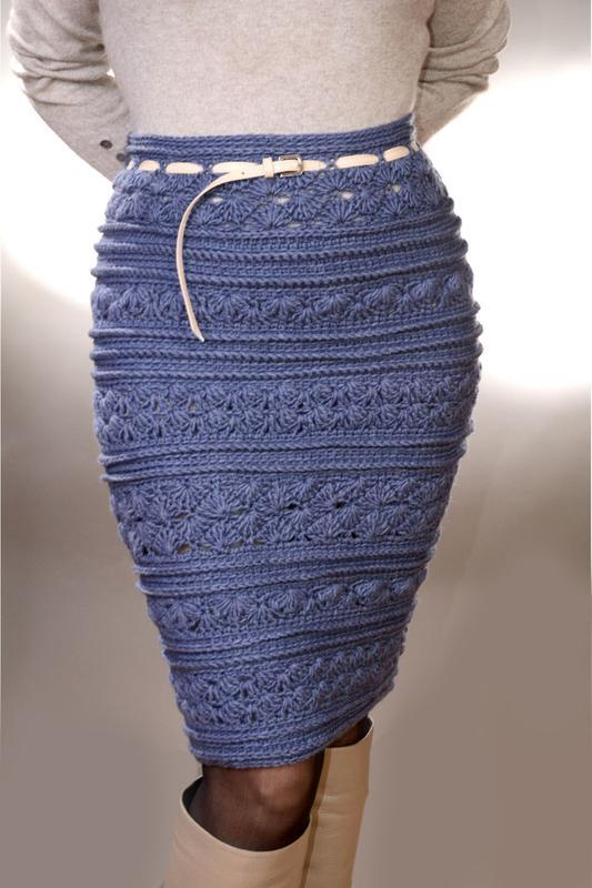 Вязаная серая юбка миди
