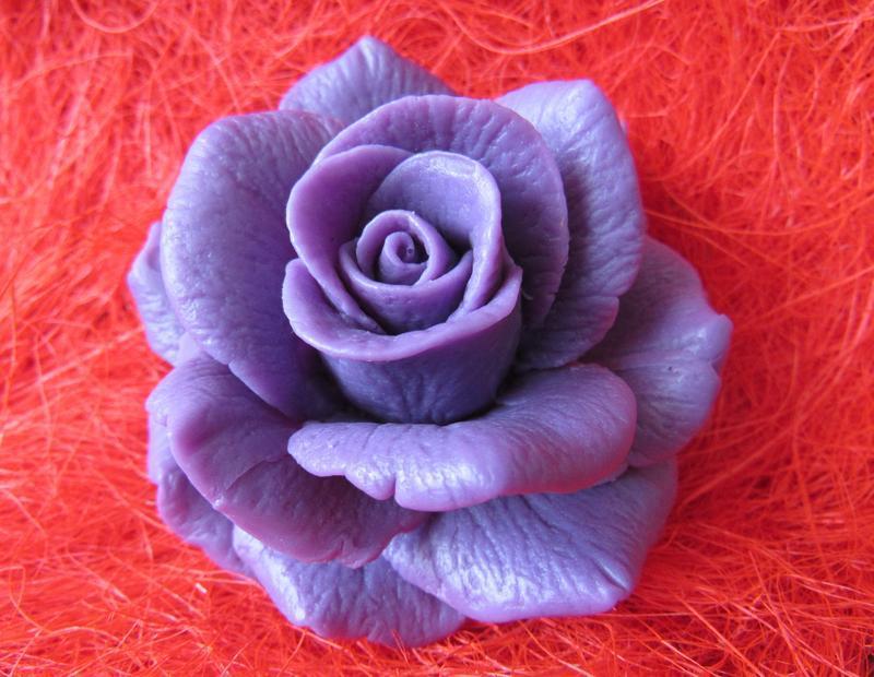 Мыльная роза роза в куполе