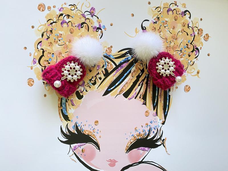 Резиночки шапочка с норкой и жемчужным декором