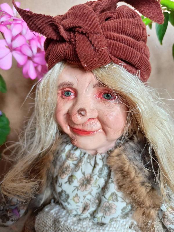 Бабка Ёжка сувенирная