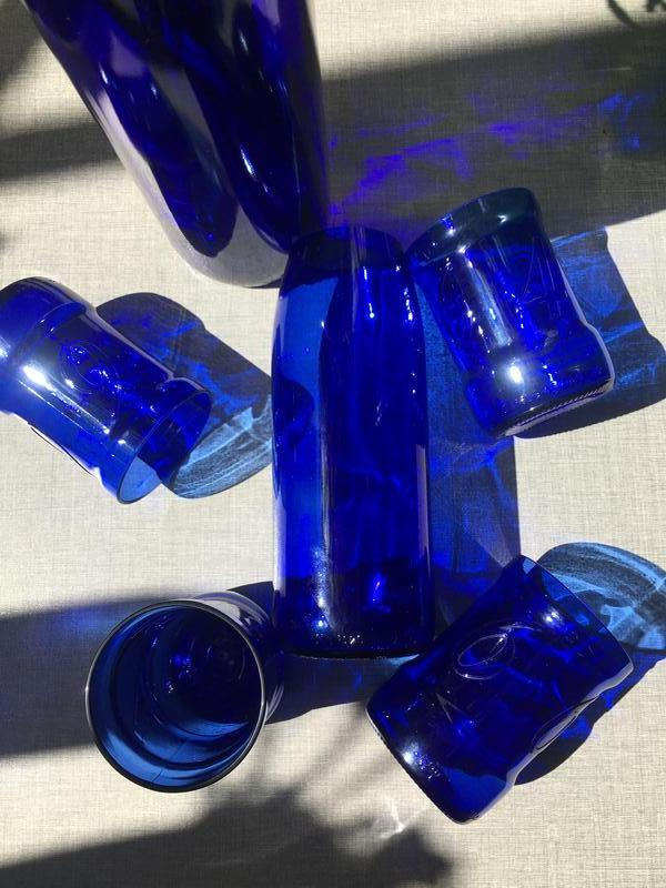 Ваза синее стекло