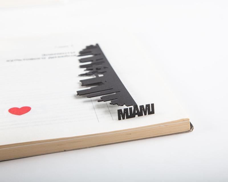 Закладка для книг «Майами»