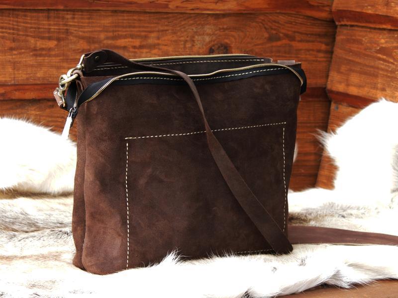 Коричневая кожанач сумка