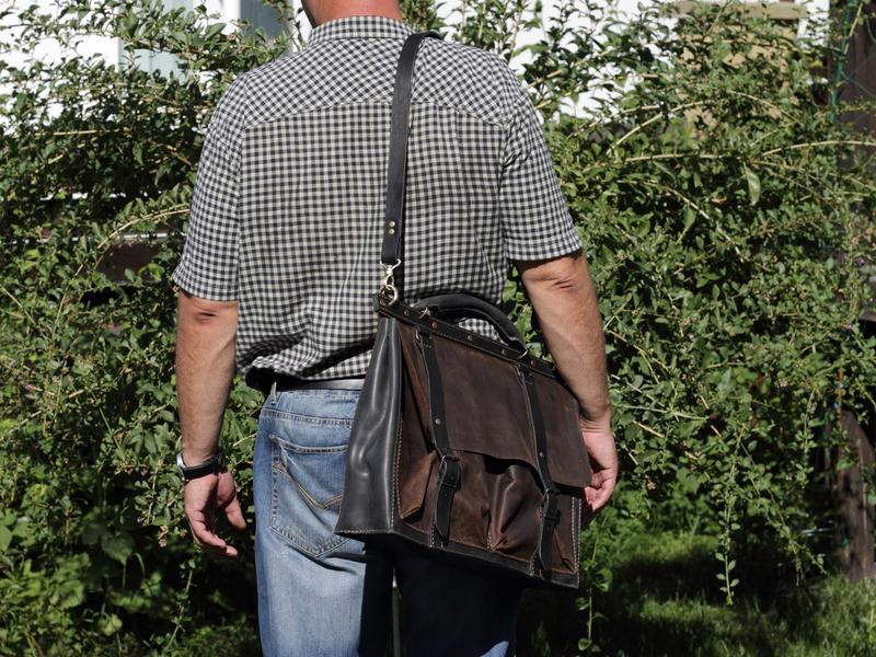 Мужской стильный кожаный портфель