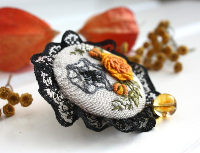 Осенняя брошь бохо с кружевом Броша на хеллоуин Оранжевая брошь с розами