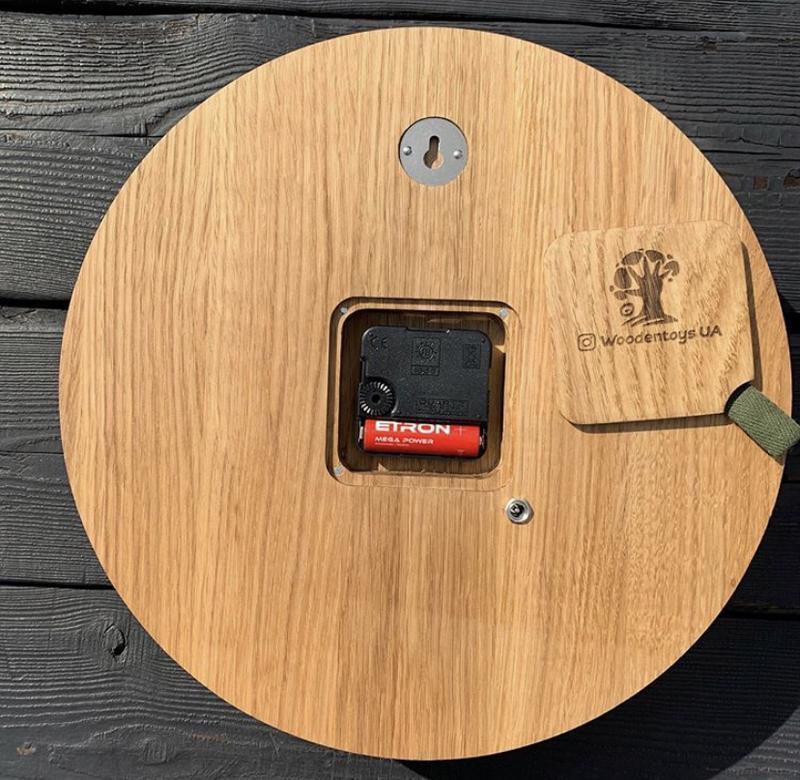Настенные Часы из дерева и стабилизированного мха 20 см