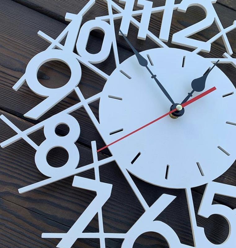 Настенные часы из дерева 30 см