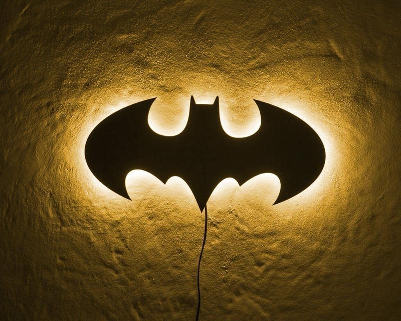 Светильник настенный «Batman»